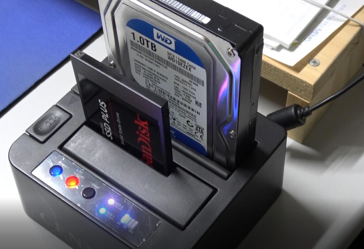 SSD換装 裸族のお立ち台